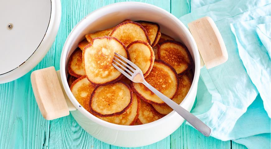 Оладьи на завтрак: 6 рецептов на любой вкус