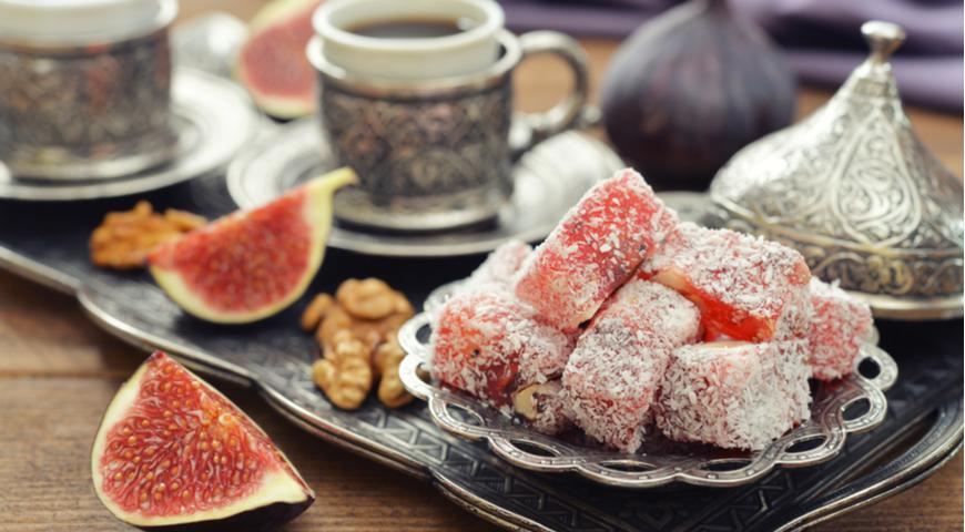 5 популярных восточных сладостей. Востоковед о том, как их выбрать и где покупать в Стамбуле