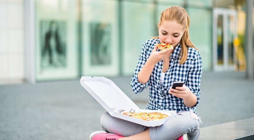Что россияне думают о правильном питании и своем здоровье. Серьезные факты в веселых картинках