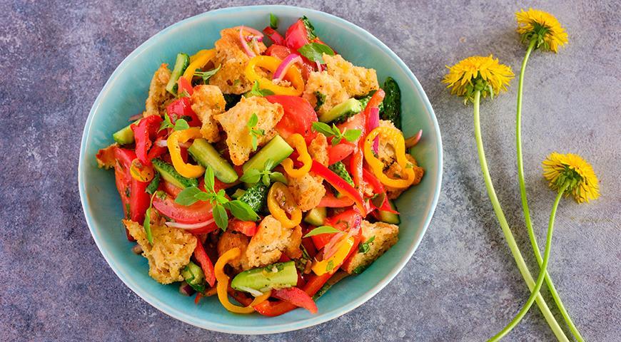 Необычайно красивые салаты для жаркого лета, которые хочется готовить всегда