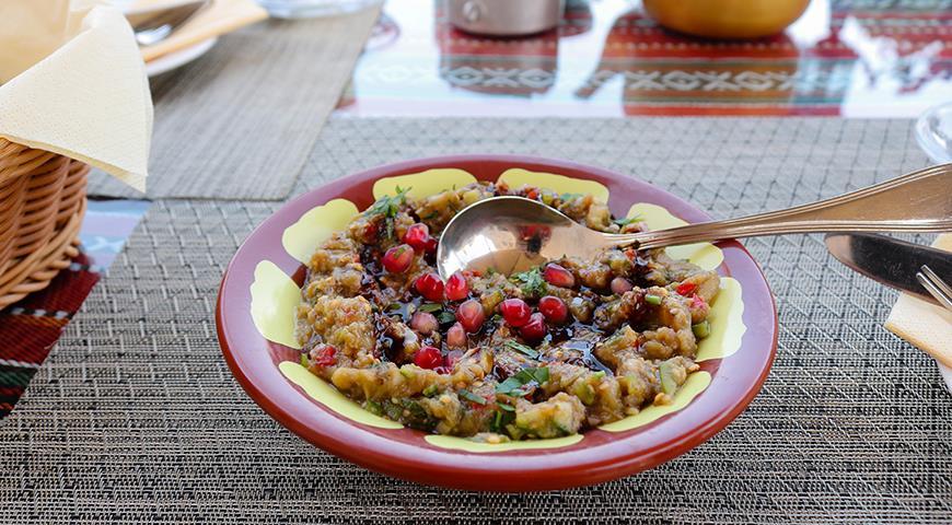 Что такое бабагануш: как готовить и с чем подавать. Супер блюдо из недорогих баклажанов