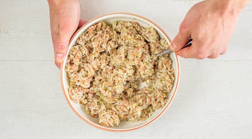 Фарш с мясом и рисом для фаршированных перцев
