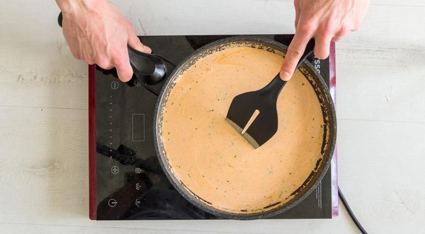 Готовим соус для фаршированных перцев