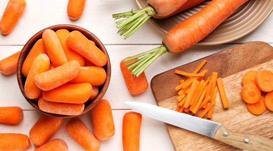 Что такое беби-морковь и почему она такая влажная?